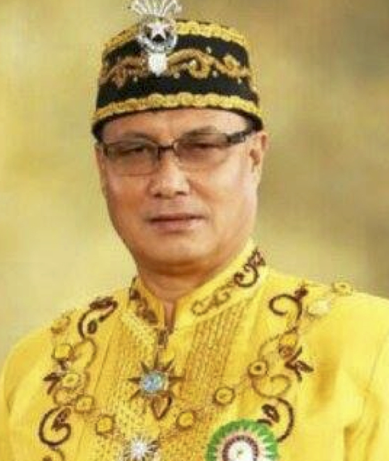 The Reigning Sultan of Sulu Gets the Asia's Royal Man of the Year for His Humanitarian Efforts